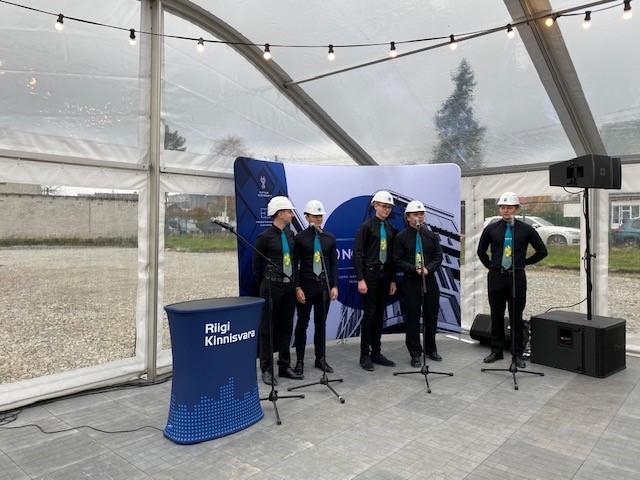 Saaremaa Gümnaasiumi nurgakivi